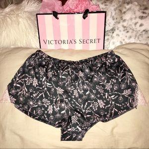 NWOT Victoria's Secret Floral Lace Shorts